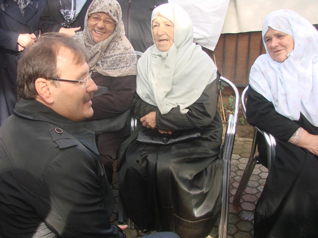 Başbakan Yardımcısı Hakan Çavuşoğlu Batı Trakya'yı Ziyaret Etti