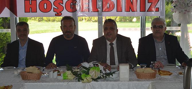 Batı Trakya Türkleri İzmit'te Kahvaltıda Buluştu