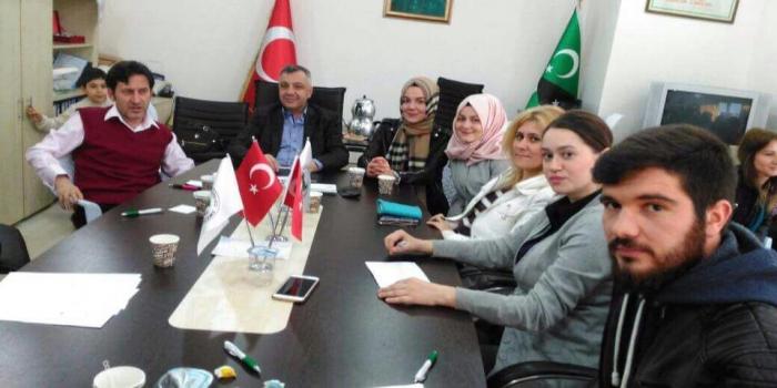 BTTDD İzmit'te Kadın ve Gençlik Kolları Başkanları Seçildi