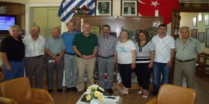 B.T.T.Öğretmenler Birliğine İzmir Şube'sinden ziyaret