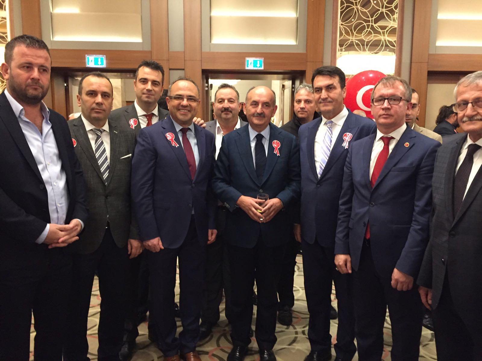 Bursa'da Cumhuriyetimizin 94. Kuruluş Yılı Coşkuyla Kutlandı