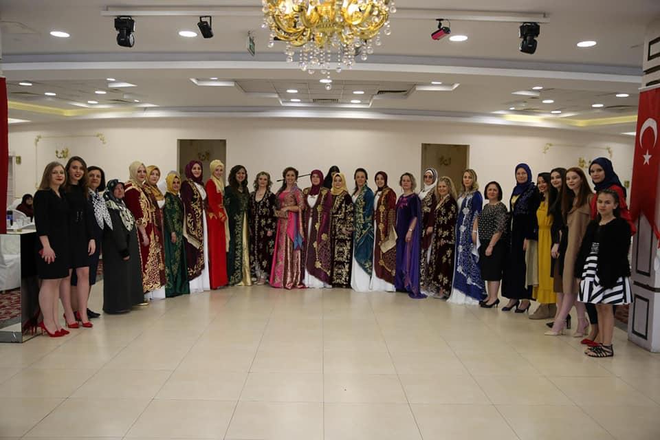 Bursa'da Kadınlar Muhteşem Kalabalıkla Biraraya Geldi