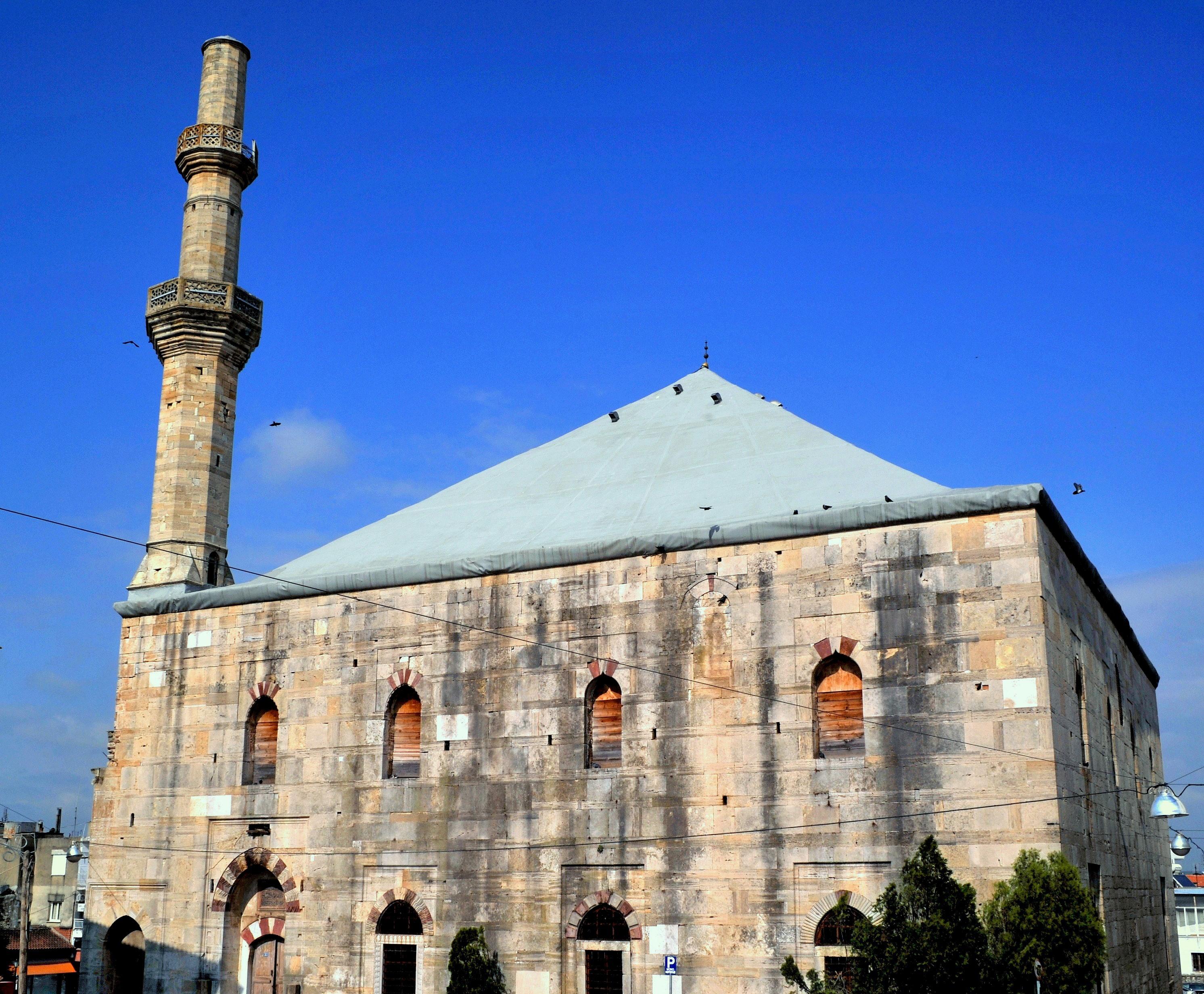 Çelebi Sultan Mehmet Camii Restore Edilip İbadete Açılmalı