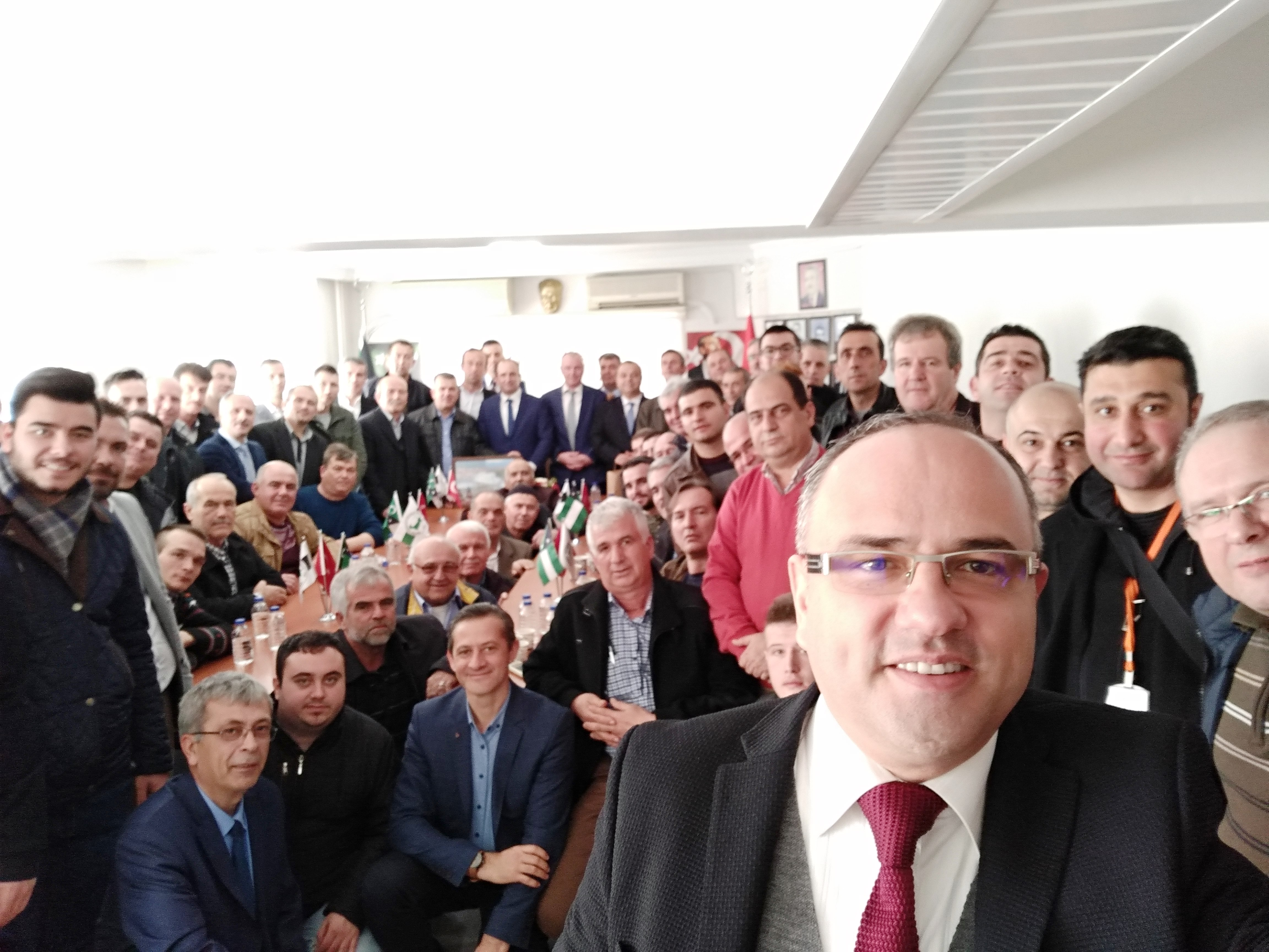 Domruköy Başkan Ali EminLatif'e Sahip Çıkıyor