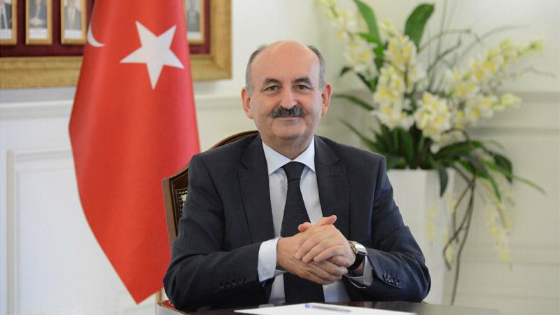 Dr. Mehmet Müezzinoğlu Sağlık Bakanlığı görevine devam ediyor
