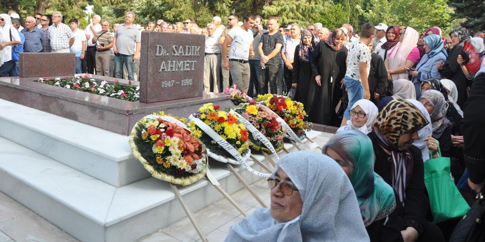 Dr. Sadık Ahmet 22. Yılda da Unutulmadı, Unutulmayacak