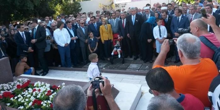 Dr. Sadık Ahmet ölümünün 20. yılında mezarı başında anıldı
