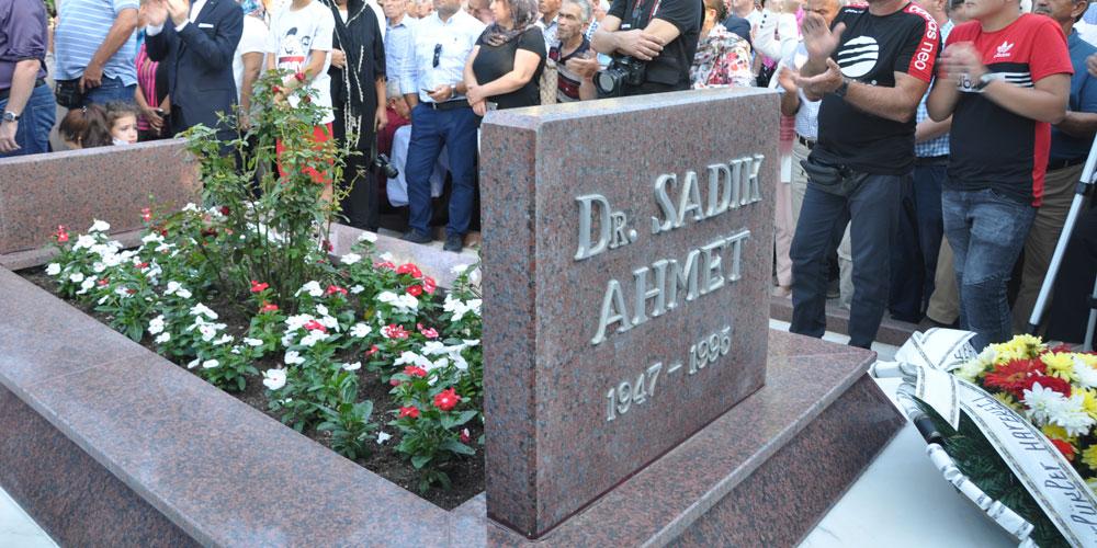 Dr Sadık Ahmet Ölümünün 24. Yılında Kabri Başında Anıldı