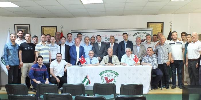İstanbul Batı Trakya Spor Kulübü Hakan Güler İle Devam Dedi