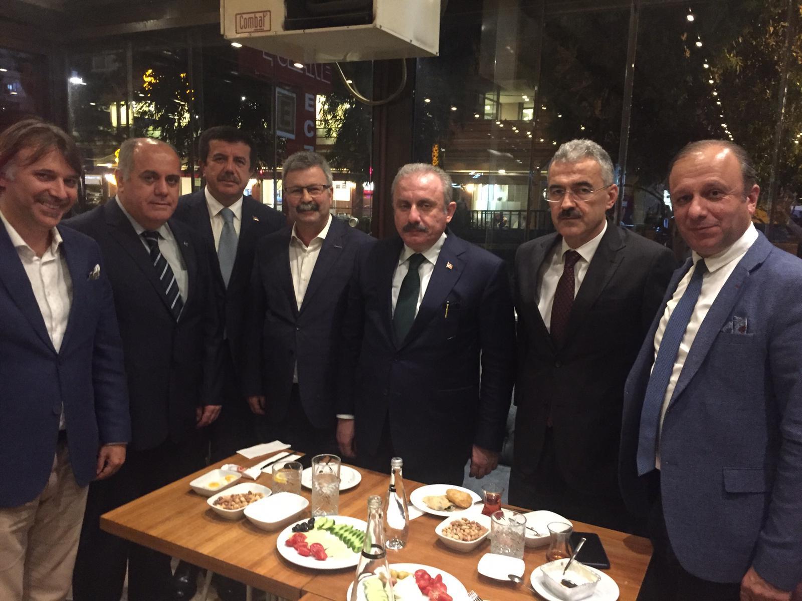 İzmir Şube Mustafa Şentop'la Buluştu