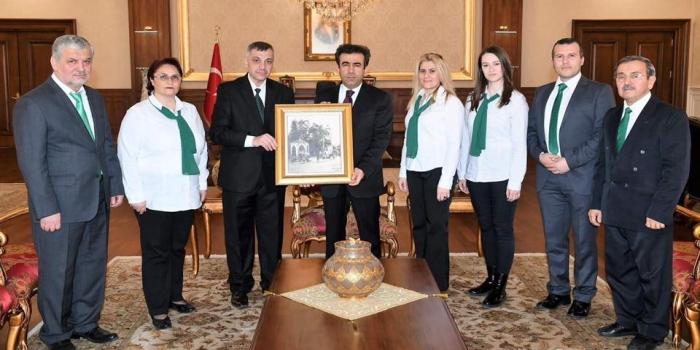 İzmit Valisi Hasan Basri Güzeloğlu'na Ziyaret