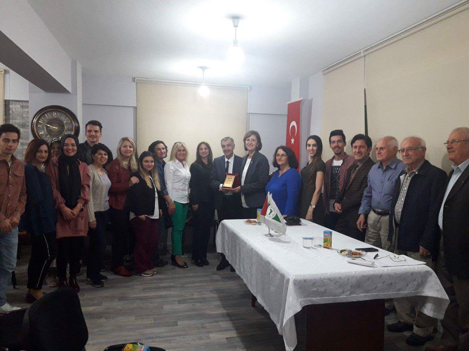 İzmit'te Dost Meclisi Toplantıları Kaldığı Yerden Devam Ediyor