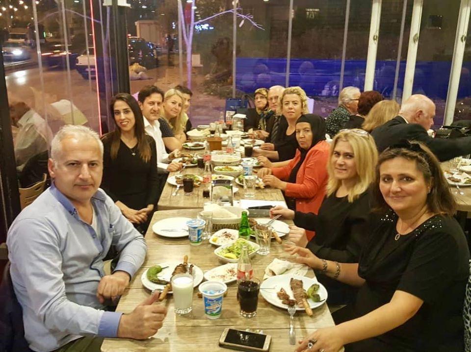 İzmitte Türk halk Müziği Korosu Ekibinden Birlik Beraberlik Gecesi