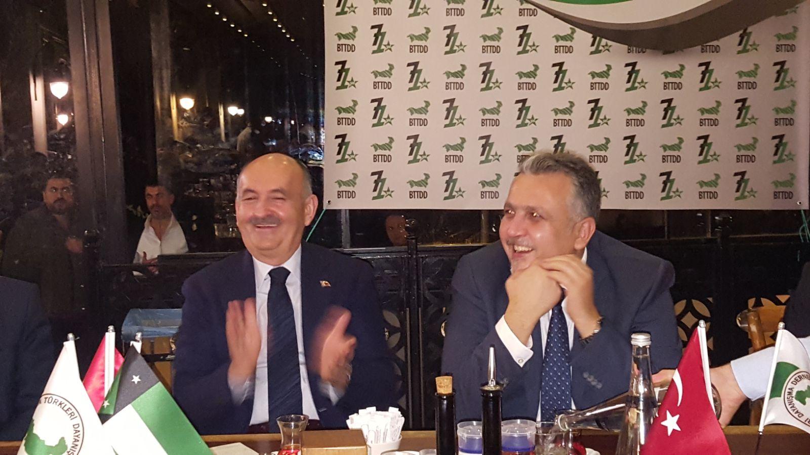 Mehmet Müezzinoğlu'na Batı Trakya Camiası Teşekkür Etti