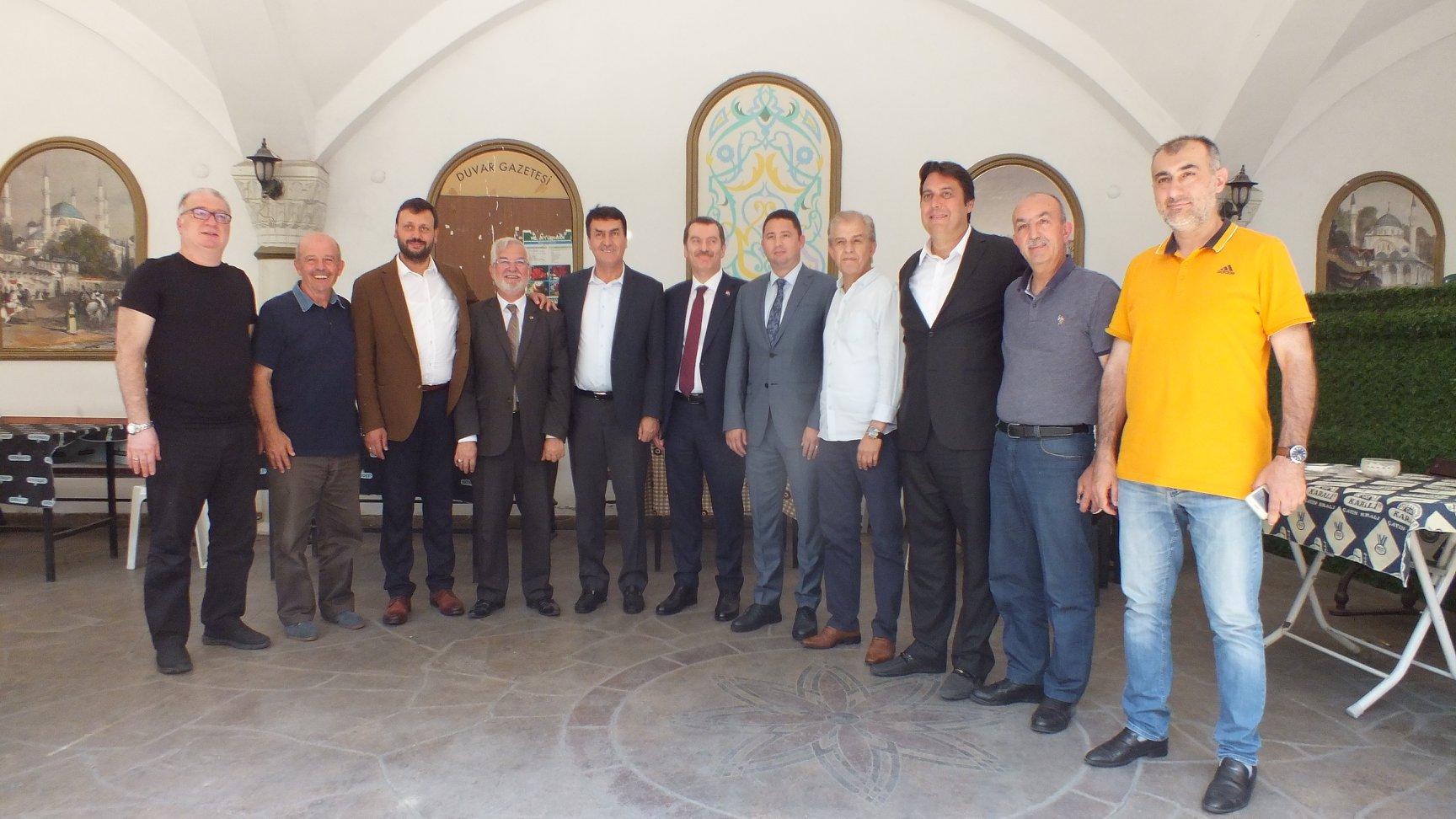 Mustafa Dündar'dan Zeytinburnu'ndaki Kurumlarımıza Ziyaret
