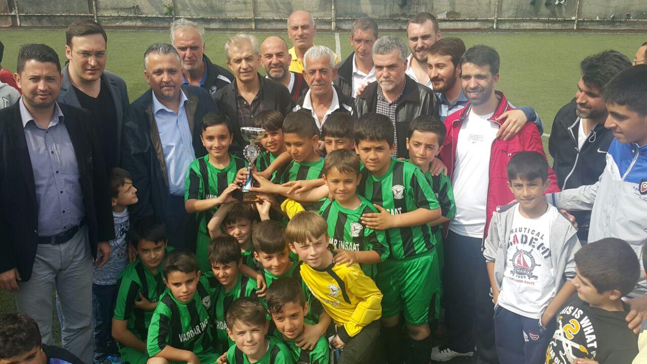 Sabri Yılmaz Futbol Turnuvasında Şampiyon Batı Trakya Spor