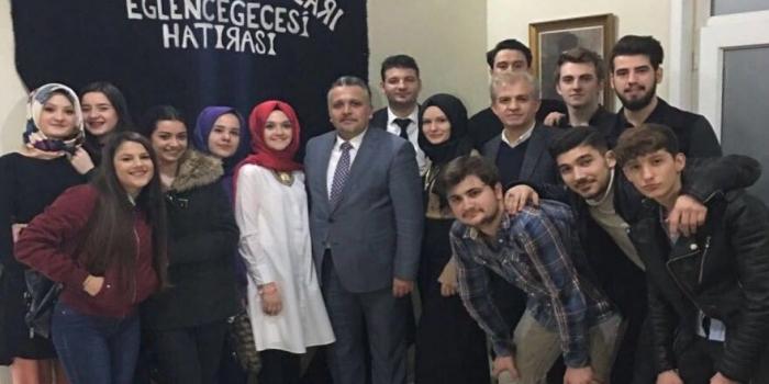 Zeytinburnu Şubesi Gençlik Kollarından Üyelerine Müzik Ziyafeti