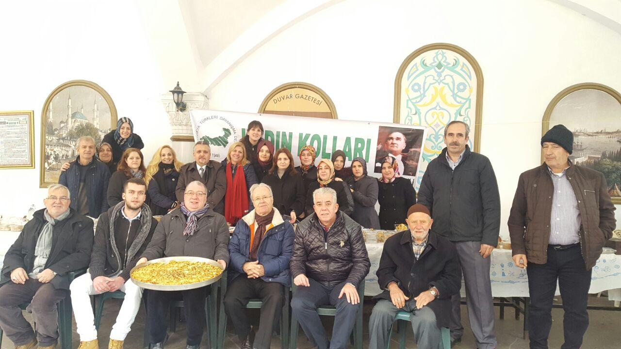 Zeytinburnu'nda Ana Kucağı Burs Projesi Kermesi