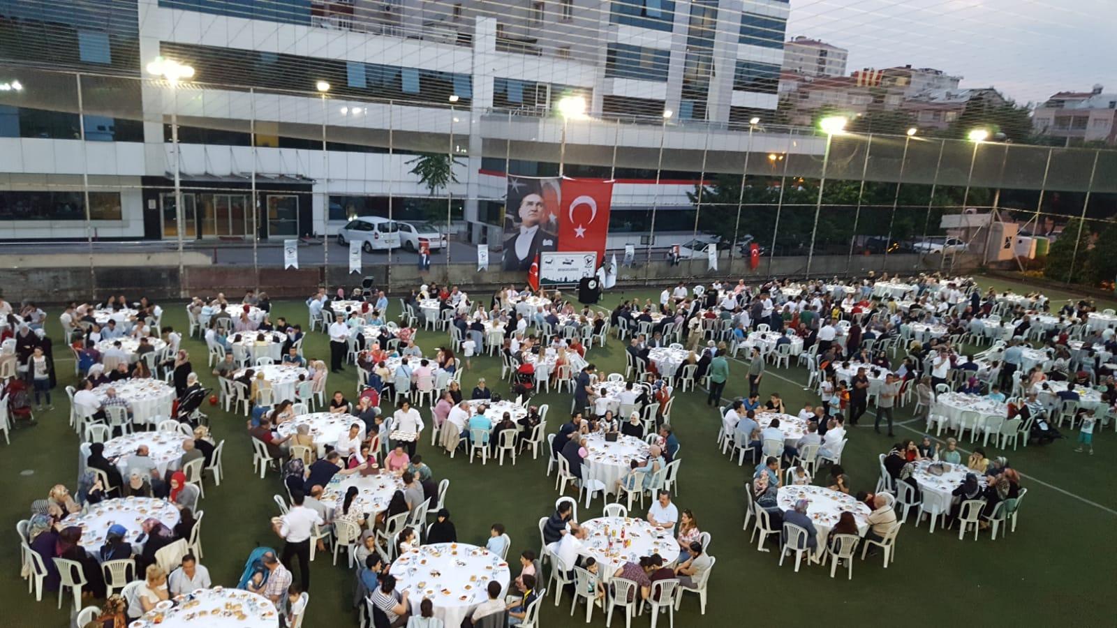 Zeytinburnu'nda Geleneksel İftar Gerçekleşti