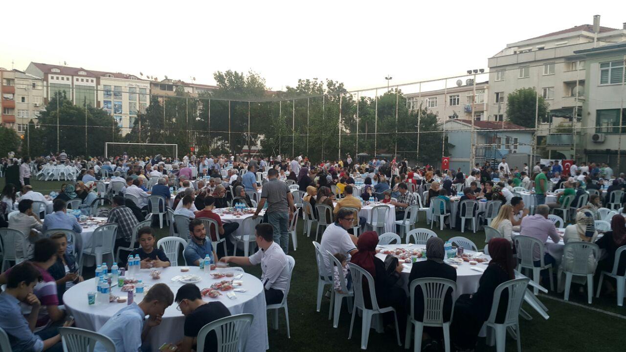 Zeytinburnu'nda Muhteşem Batı Trakya İftarı